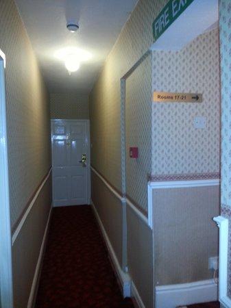 Talbot Hotel: corridor junction