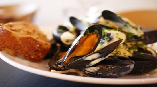 The Galley Restaurant: Mussels