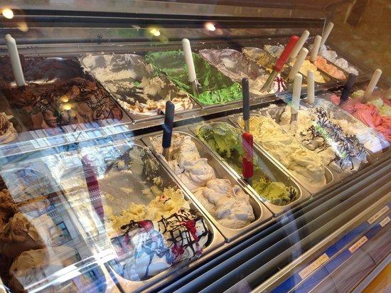 Mamma Che Gelato - La Fiorita: Best ice cream in town! Try the nougat and pistachio they're amazing