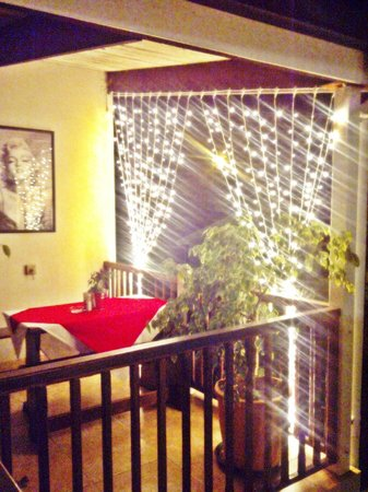 art cafe: Fairy lights brighten your table on the balcony
