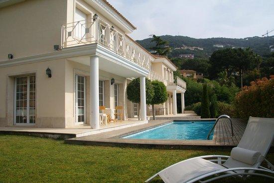 Bed & Breakfast Baro de MontCabrer : Hotel