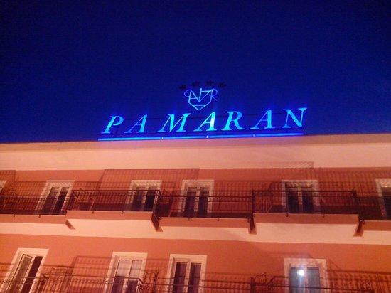 Pamaran Hotel: L'insegna dell'hotel