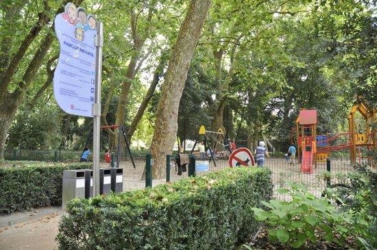 Residencial Dom Carlos: Parque Infantil D. Carlos
