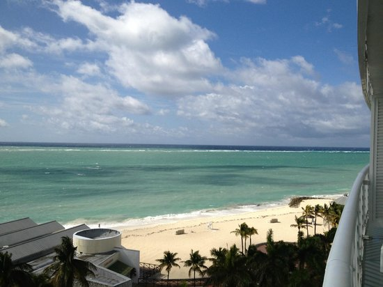Grand Lucayan, Bahamas: View from 8th floor Suite. Amazing!