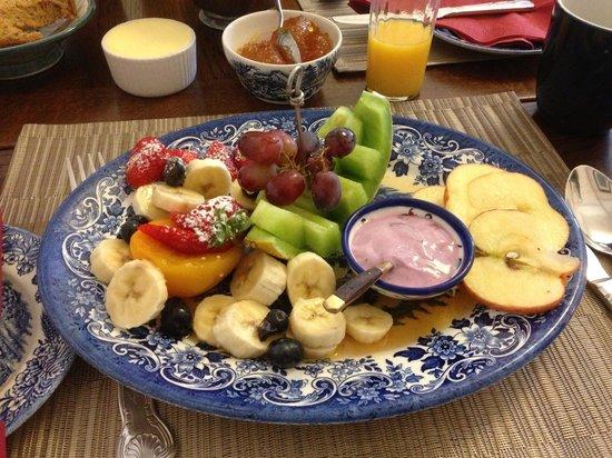 The Burnside Guest House: Liz's Summer Fruit Platter