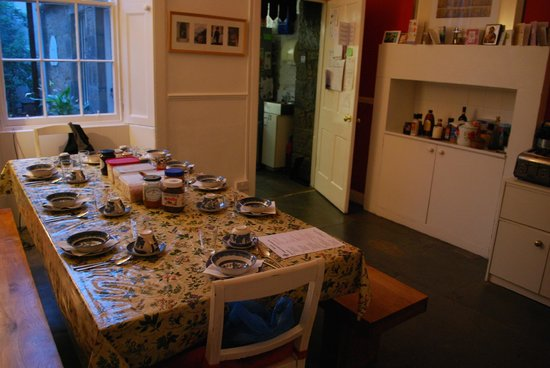 Emmaus House, Edinburgh SCIO : The dining room laid out for breakfast the next morning