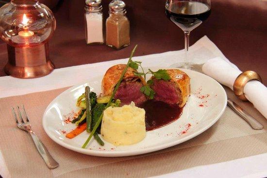 Restaurante El Molino del Conde: Beef wellington