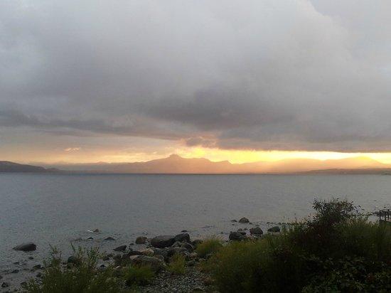 Patanuk Lake Hostel: La playita de hostel!!!!