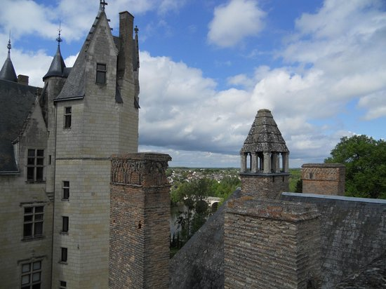 Chateau de Montreuil-Bellay : View from the ramparts