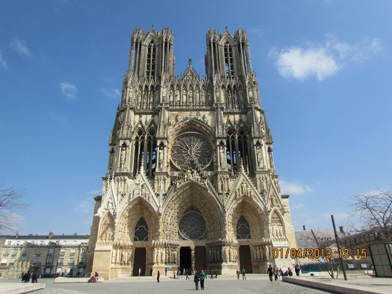 An old church in reims picture of paris champagne tour for 51000 reims
