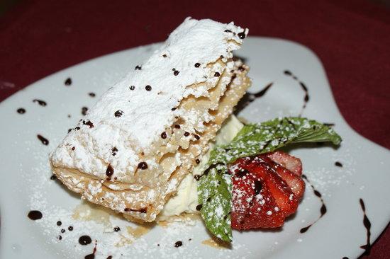 Amadeus Cafe & Restaurant: Napoleon! It is to die for :)