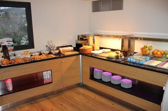 Hostal Dos Rios Ainsa: Buffet libre