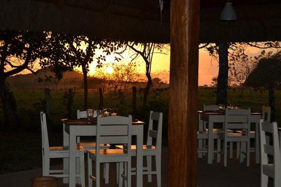 Naturalmente Restaurante Mediterraneo: puesta del sol