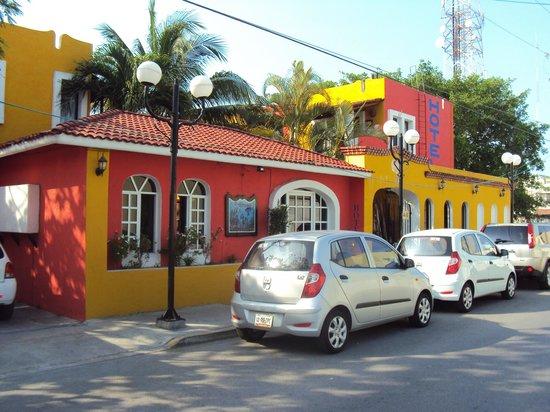 El Acuario Hotel: Fachada da pousada