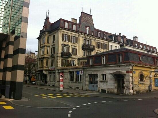 S'aRL de l'Ancienne Pizzeria: bâtiment de l'Lancienne