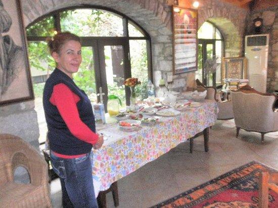 Ephesus Suites Hotel: The Breakfast