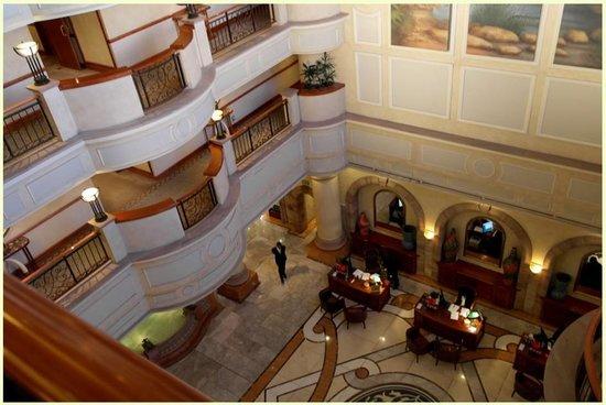 Sheraton Pretoria Hotel: Hall de l'hôtel