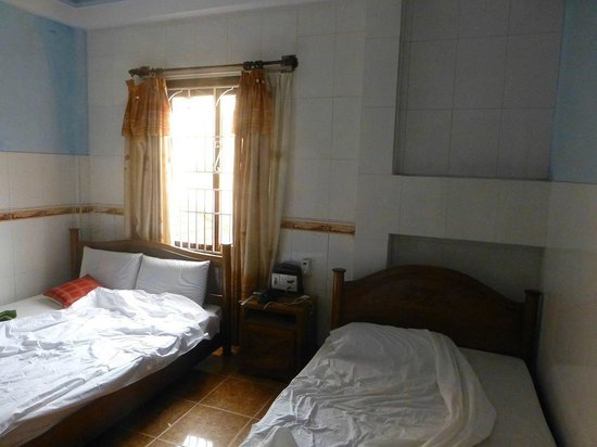 Vinh Huy Hotel : the bedroom