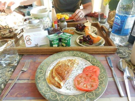 Soames Point Oceanfront Suite: More Breakfast