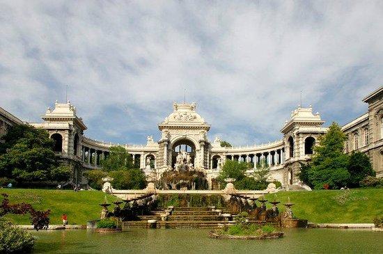 Palais Longchamp (c/o Office de Tourisme et des Congrès de Marseille)