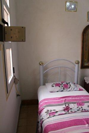 Carlos Luis Valderrama More: Zimmer von Eingangstür aus gesehen