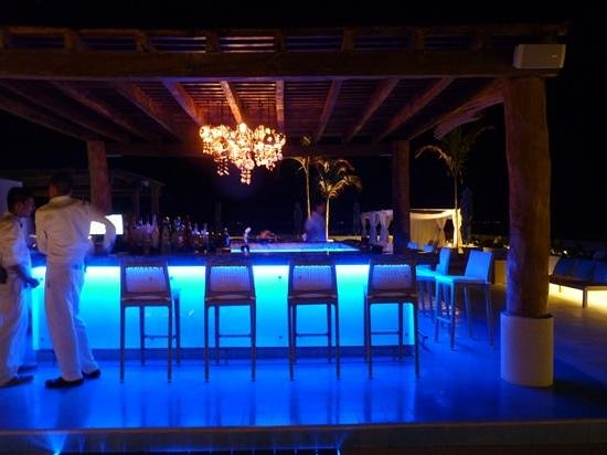 The Palm at Playa: roof top by night