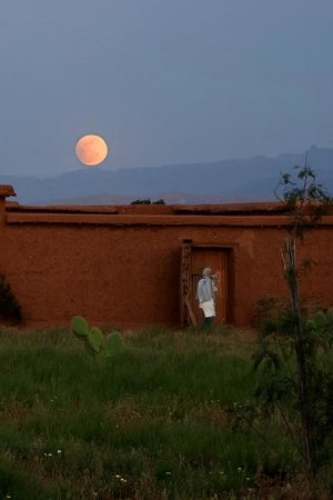 Dar Tasmayoun: Lever de lune