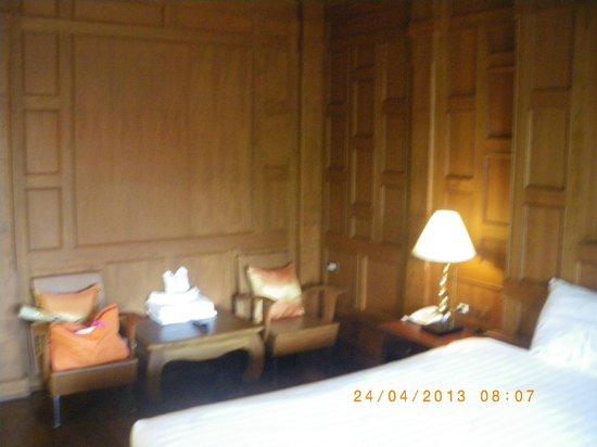 Baan U Sabai Boutique House : Muebles de la habitación