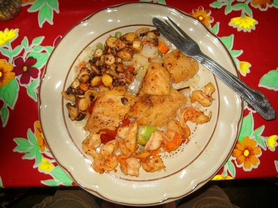 Chenchos restaurant : The seafood platter