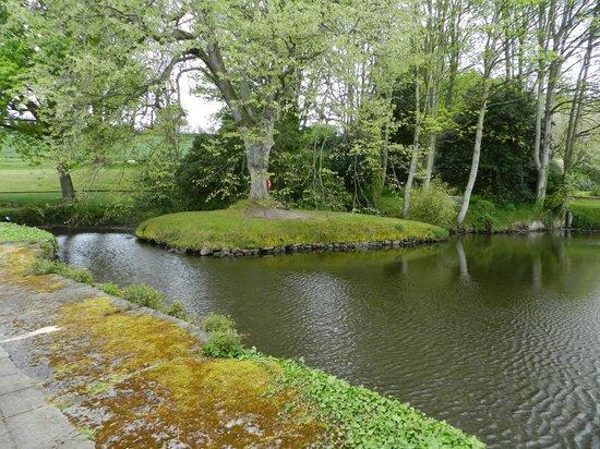 Longueville Manor: The Lake