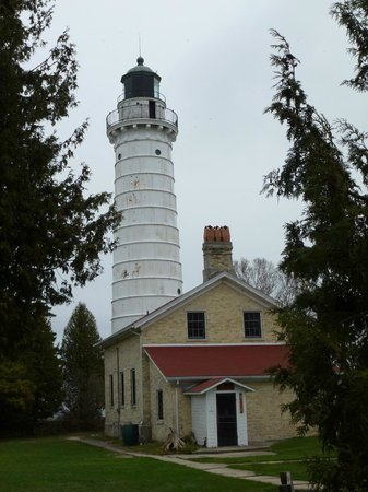 Cana Island Lighthouse: Cold and windy day ...but still worth it!