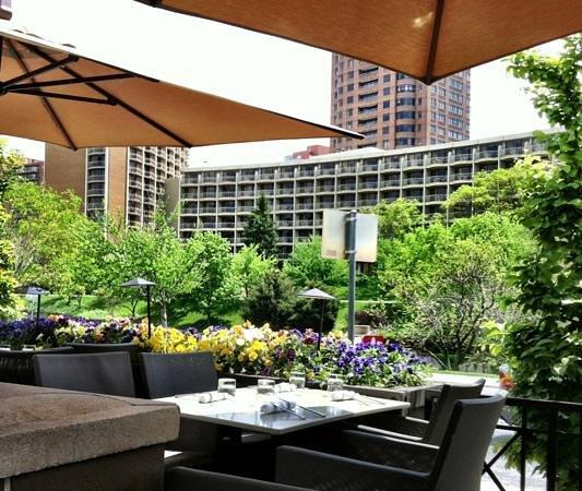 Gram & Dun: The outdoor patio
