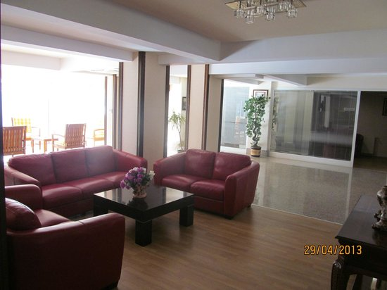 Dabaklar Hotel: Lobby
