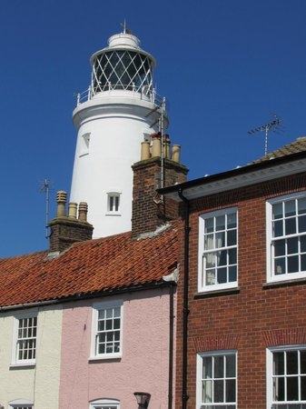 The Crown: lighthouse views