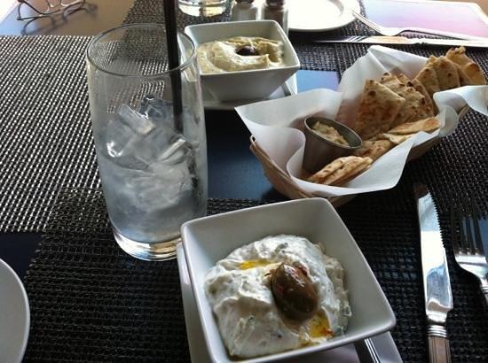 Taki's Greek Kitchen: skordalia and Tzitziki dips