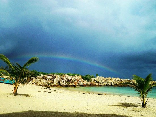 Grand Bahia Principe Jamaica: rainbow in the beach