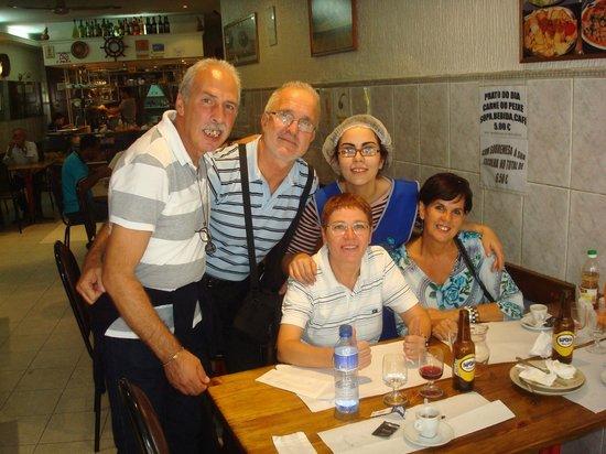 Restaurante Caravela da Ribeira: CLIENTES QUE FREQUENTAM A CASA