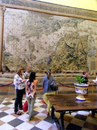 Descubrir Sevilla : Visite de l'Alcazar avec Béatriz