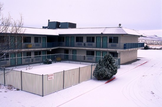 Motel 6 Wells : Hey, at least it's a heated pool!