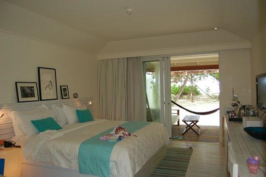 Holiday Inn Resort Kandooma Maldives: room