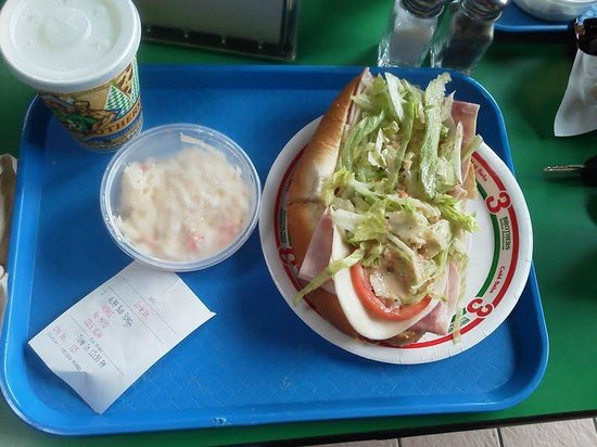 Bladensburg, MD : The special, an Italian and some cole slaw for $4.99.