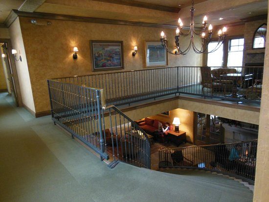 The Herrington Inn & Spa: reading nook upstairs and lobby/breakfast area down.