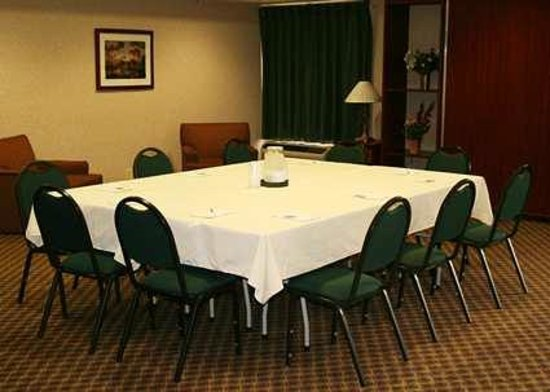 Hampton Inn Flemington: Meeting Rooms
