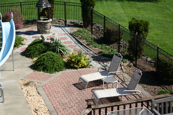 Blooming Grove, Nova York: Relax by the pool