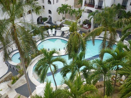Marina Hotel & Resort: Zona de albercas