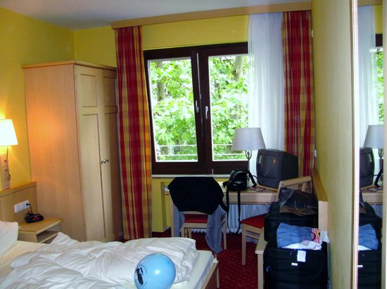 Hotel Luitpold: Room at Luitpold