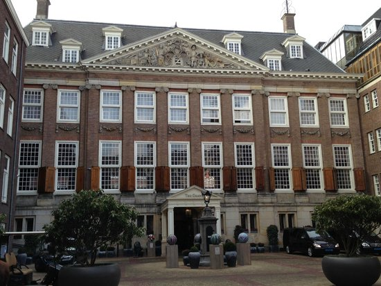 Sofitel Legend The Grand Amsterdam: Innenhof mit Hoteleingang