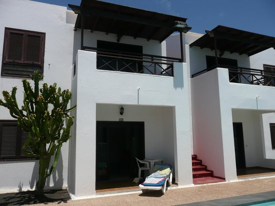 La Laguneta Apartments: apartments here