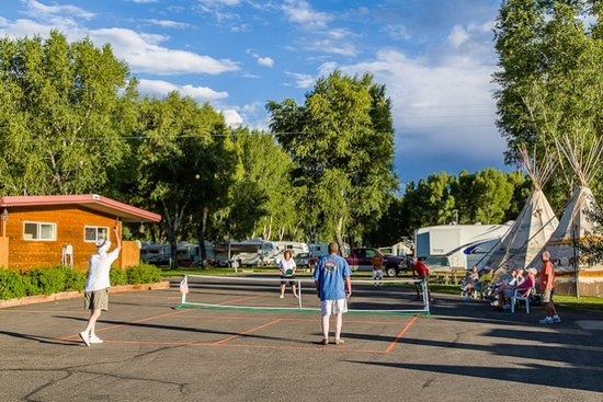Mesa Campground: pickleball!