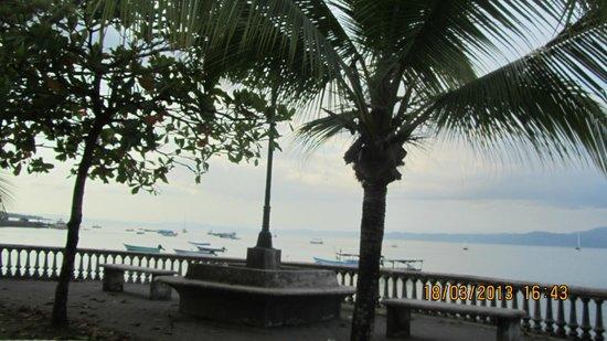 Las Islas Lodge : Une vue de Puerto Jimenez